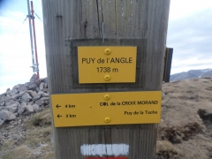 Signalétique au somnet du Puy de l'Angle